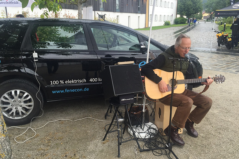 Vehicle to Music